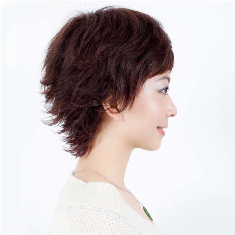 复古反翘短发发型分享展示图片