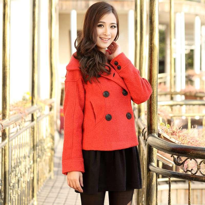 桔红色外套搭配图片