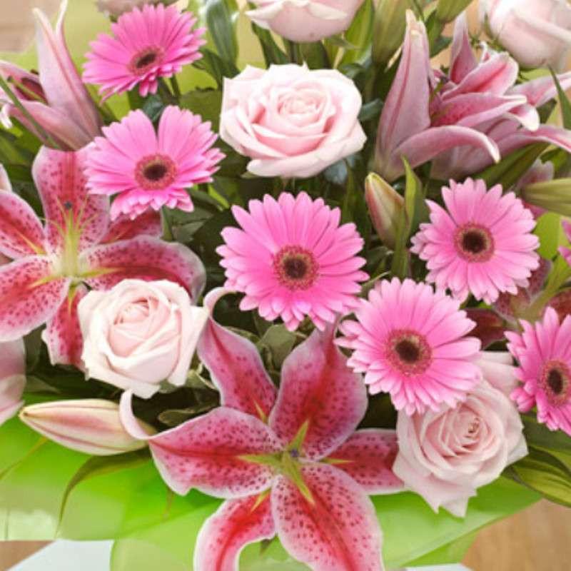 欧式鲜花百合玫瑰插花图片
