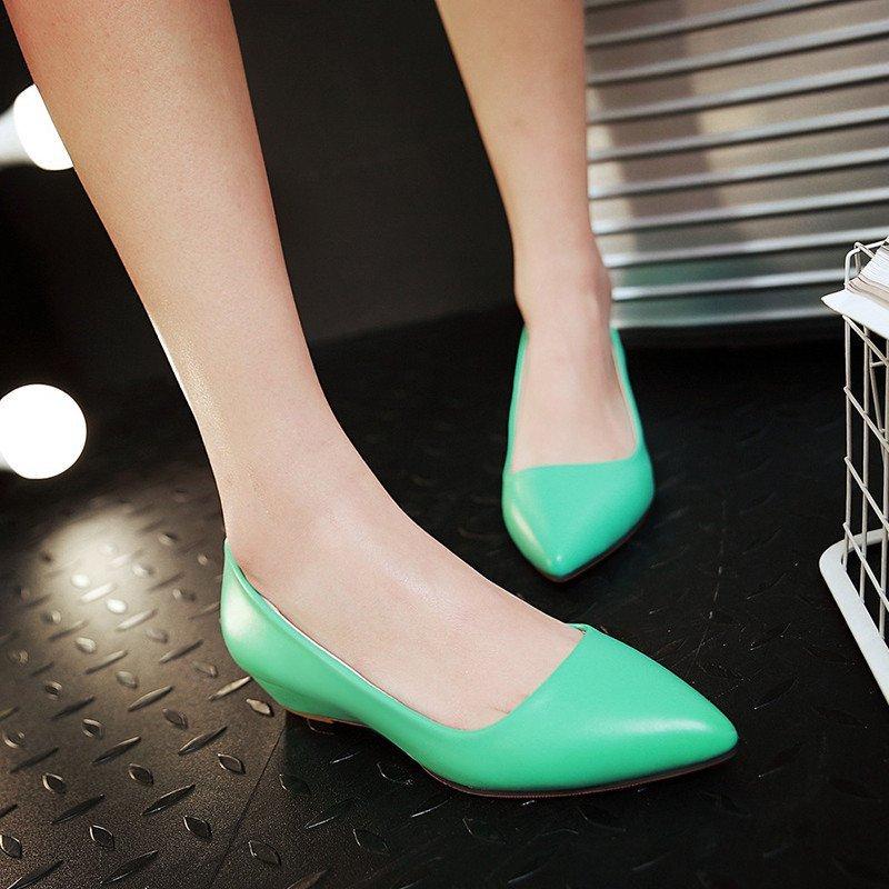 尖头坡跟高跟鞋单鞋