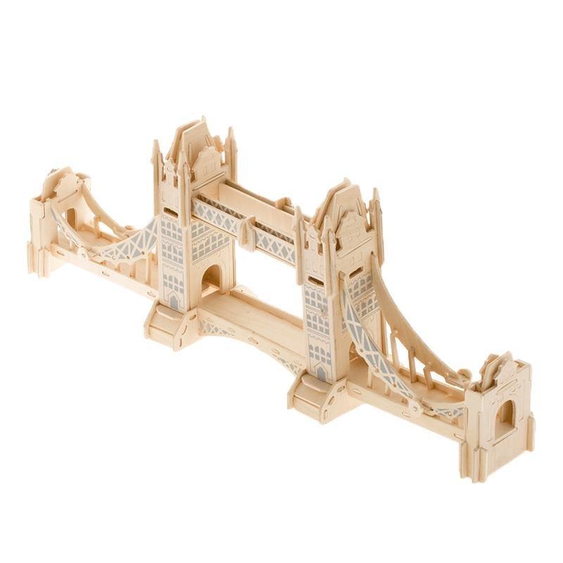 伦敦塔桥建筑仿真立体模型