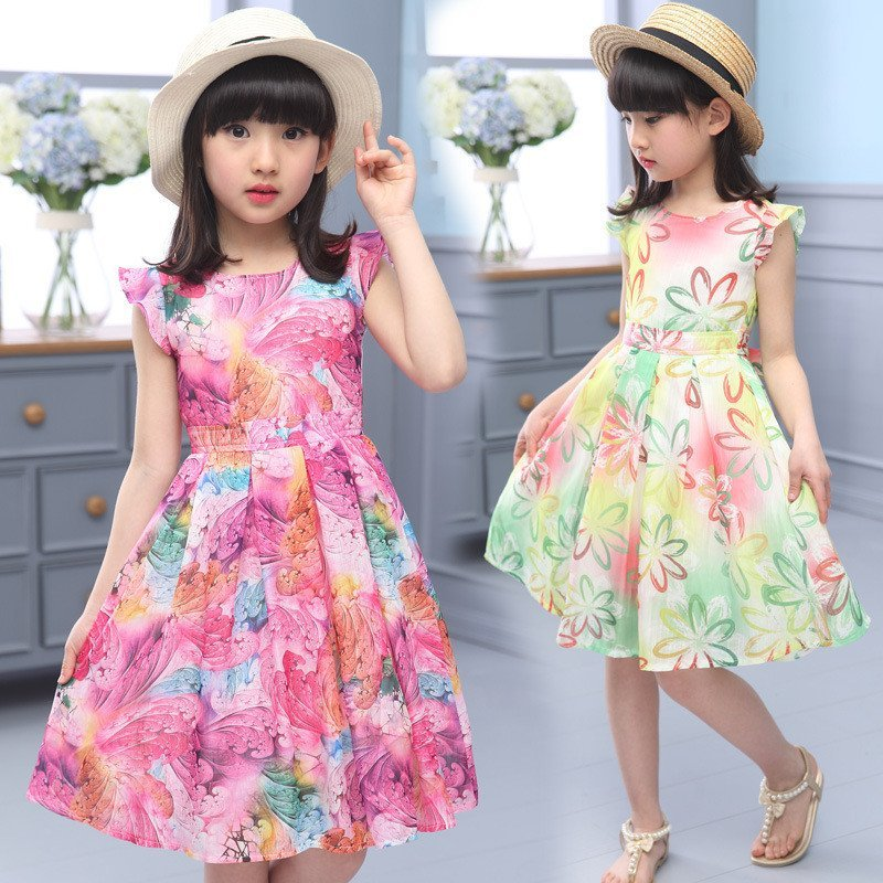 碎花裙配什么好看 这五类搭配甜美又时尚
