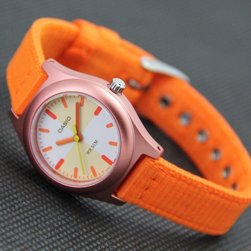 彩特手表_casio/卡西欧手表女亮彩指针防水儿童表帆布表带ltr-17b多色手.