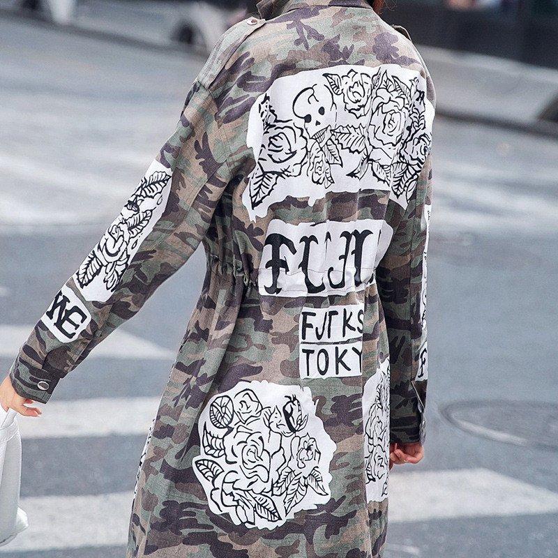 卜华2015街头字母手绘涂鸦印花迷彩立领中长款风衣女