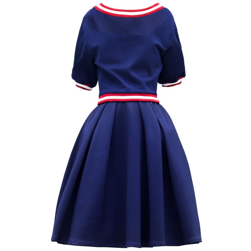 连衣裙夏学生