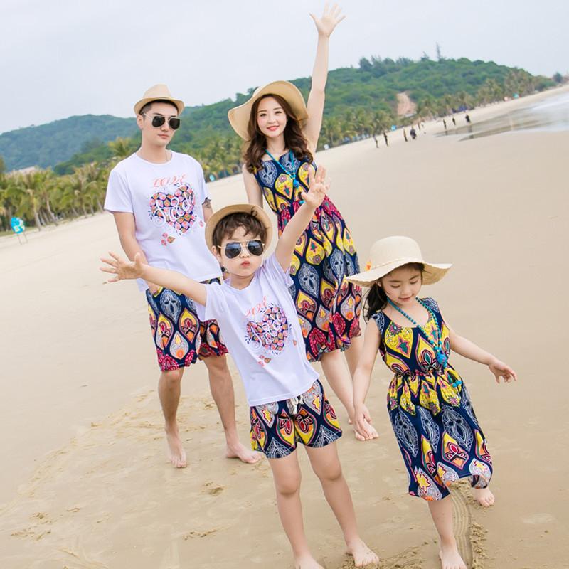 夏装新款母子套装亲子装海边度假母女装沙滩连衣裙一家三口全家装