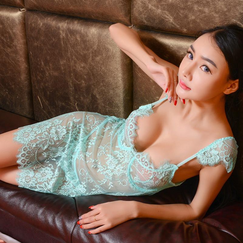 骚�_艾凝雪 情趣内衣极度诱惑sm骚套装蕾丝透明吊带睡裙钢圈聚拢性感睡衣