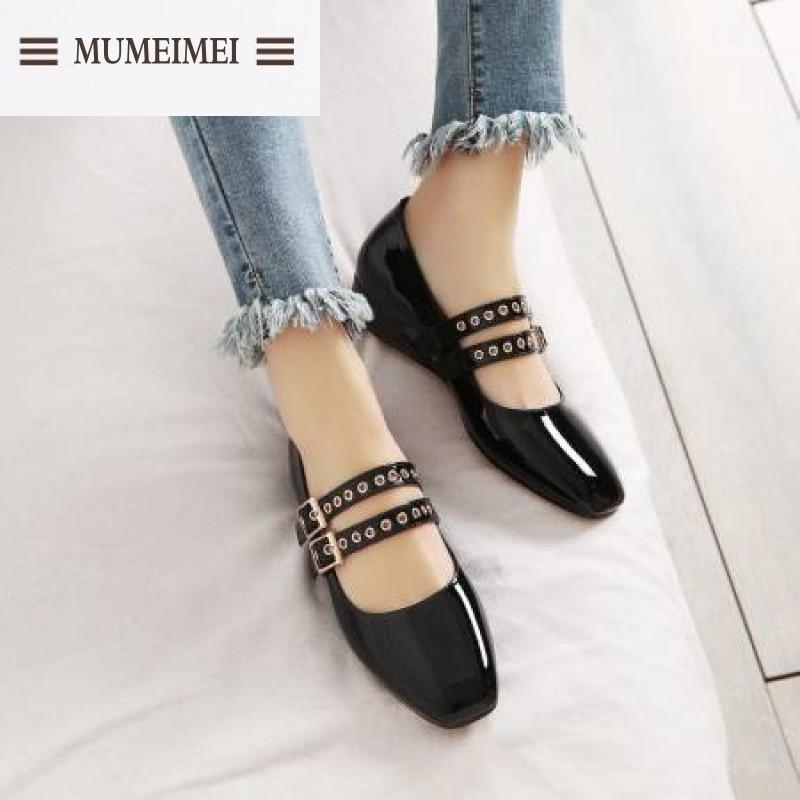 mum森女系欧美复古文艺风单鞋浅口铆钉女鞋漆皮方头坡跟鞋