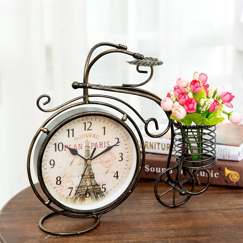 双面静音挂钟_时钟挂在客厅最佳位置-客厅挂表最吉位置图片_客厅挂钟摆在哪个 ...