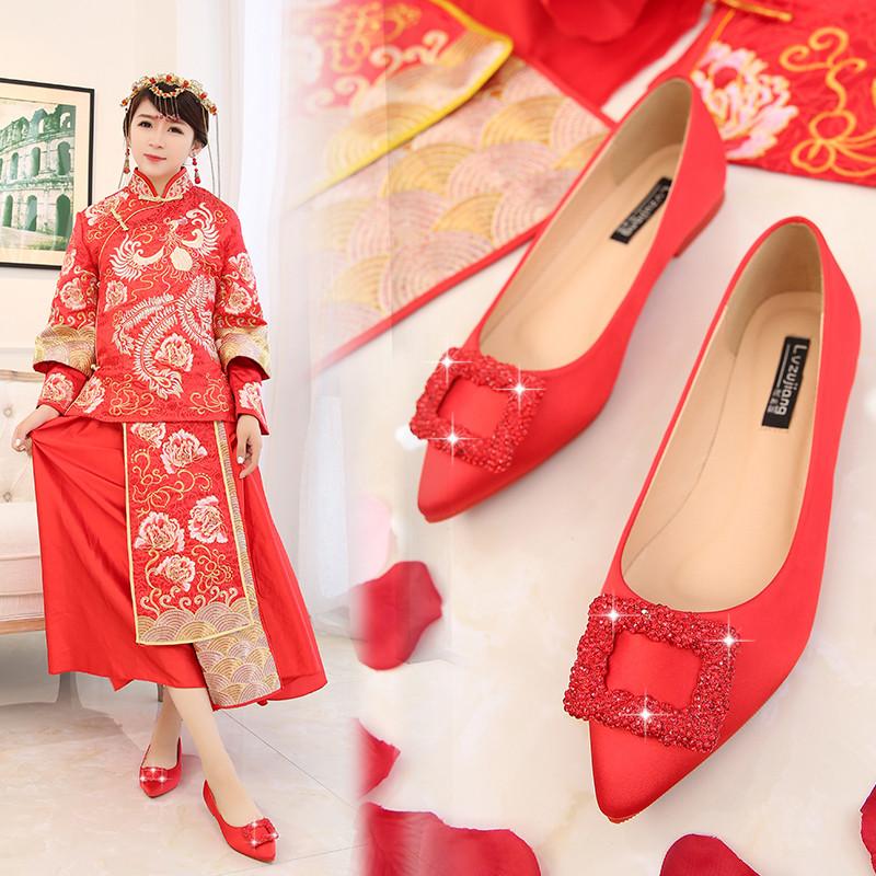 新娘鞋_婚鞋女红色平底2017新娘鞋敬酒水钻结婚鞋孕妇红鞋禾服鞋平跟大码