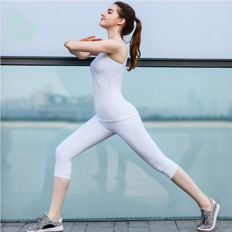 运动户外女白色锦纶运动健身衣背心七分裤瑜伽服套装白+白