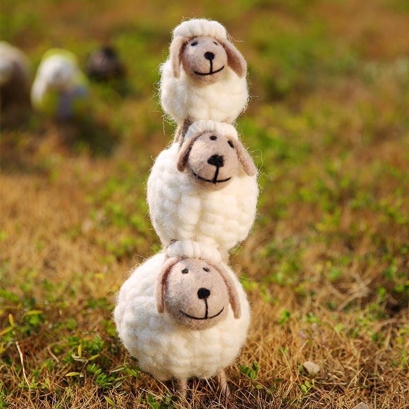 羊毛毡摆件家居儿童房桌面摆件欧式手工艺品店铺装饰摆设