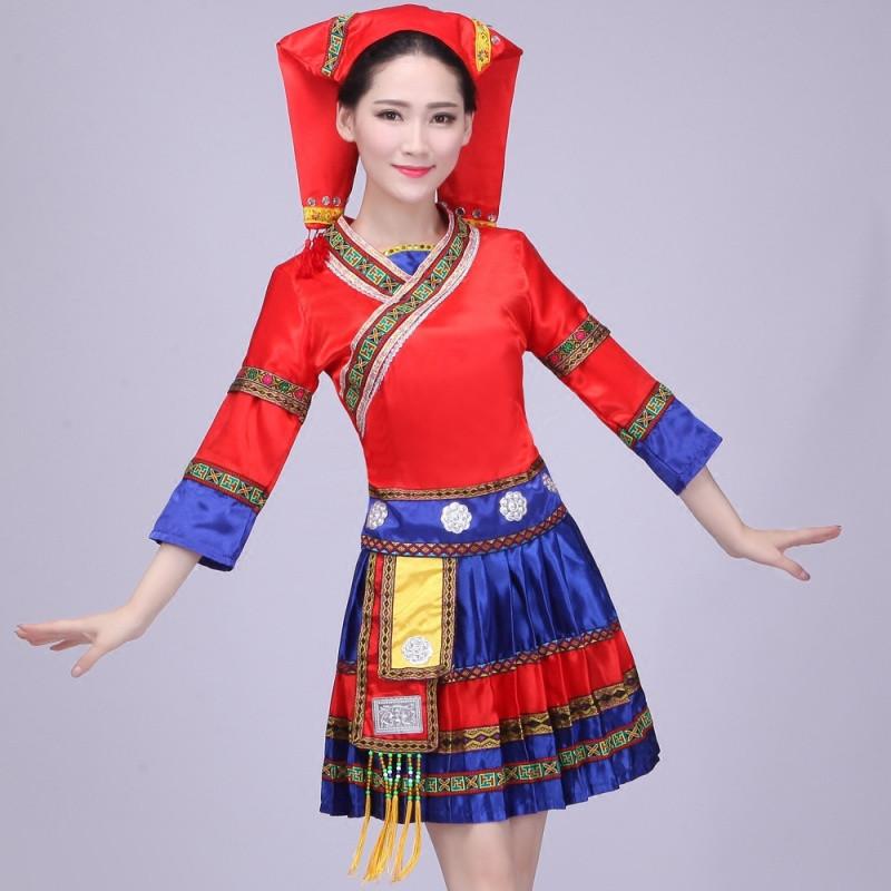 新款新苗族服装舞蹈演出服云南少数民族彝族壮族女装湘西瑶族舞蹈服饰