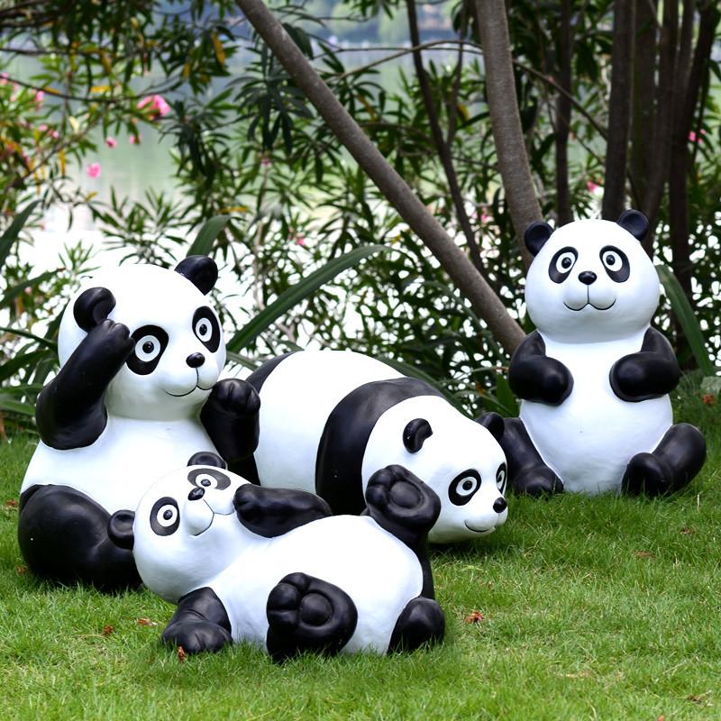 新款2018仿真小熊猫摆件园林景观雕塑草地幼儿园花园庭院摆设树脂工艺