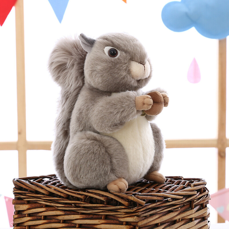 小松鼠可爱图片卡通图片展示