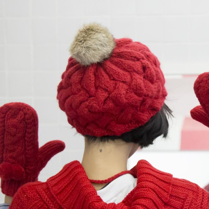 2017热卖邪恶先生手工编织纯色兔毛球球毛线贝雷帽子女冬天加厚保暖