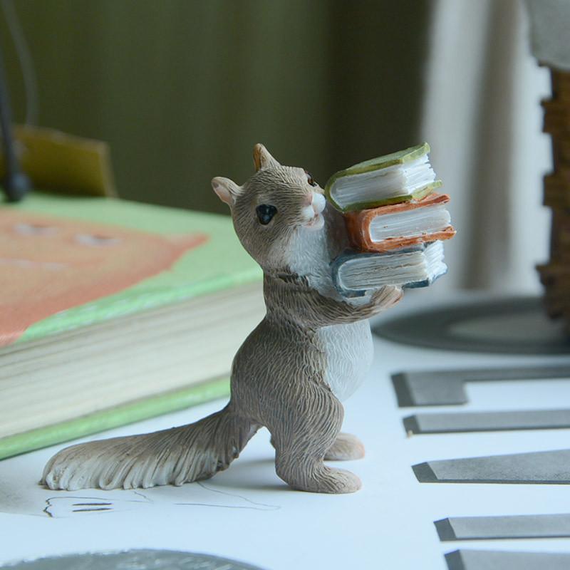 可爱小动物摆件创意读书卡通书籍装饰品儿童教师节礼物