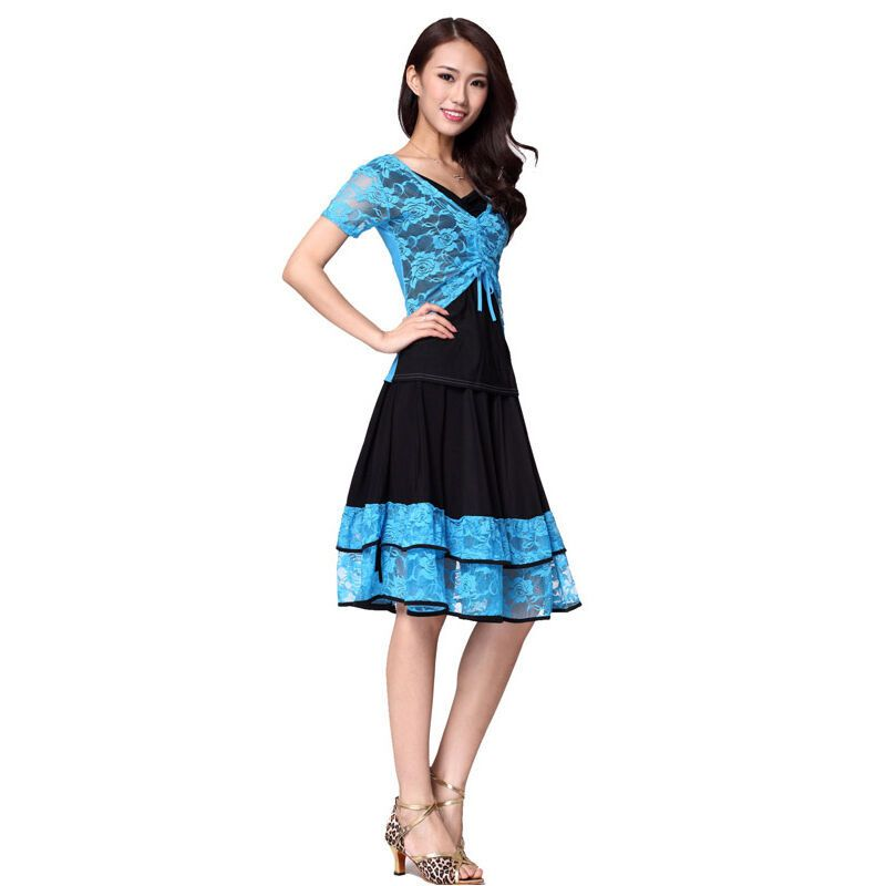广场舞服装套装夏练功服 蕾丝大摆裙演出服两件套舞蹈图片