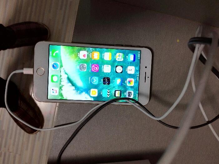 苹果手机7pluses